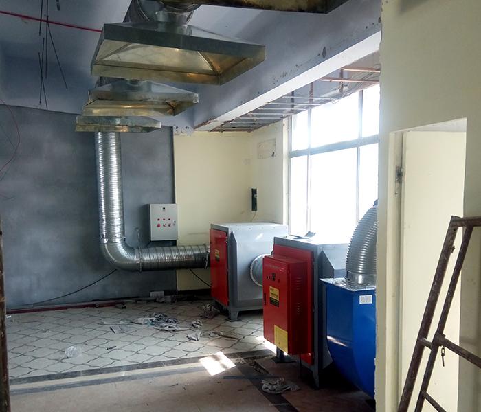 采用光氧设备处理废气对家具厂有用吗?